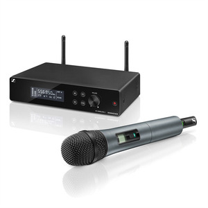 Sennheiser XSW 2-835-A Вокальная РЧ-система 548-572 МГц, 12 каналов,рэковый приёмник, ручной передатчик, динамический капсюль (835), кардиоида