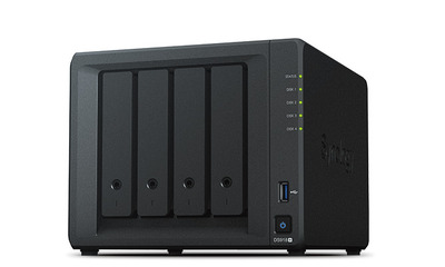 Synology QC1,5GhzCPU/4Gb(upto8)/RAID0,1,10,5,6/up to 4hot plug HDDs SATA(3,5' or 2,5')(up to 9 with DX517)/2xUSB3.0/2GigEth/iSCSI/2xIPcam(up to 40)/1xPS/3YW (repl DS916+)